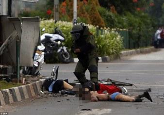 Terror-attack-Central-Jakarta-Indonesia-kills-at-least-7_4
